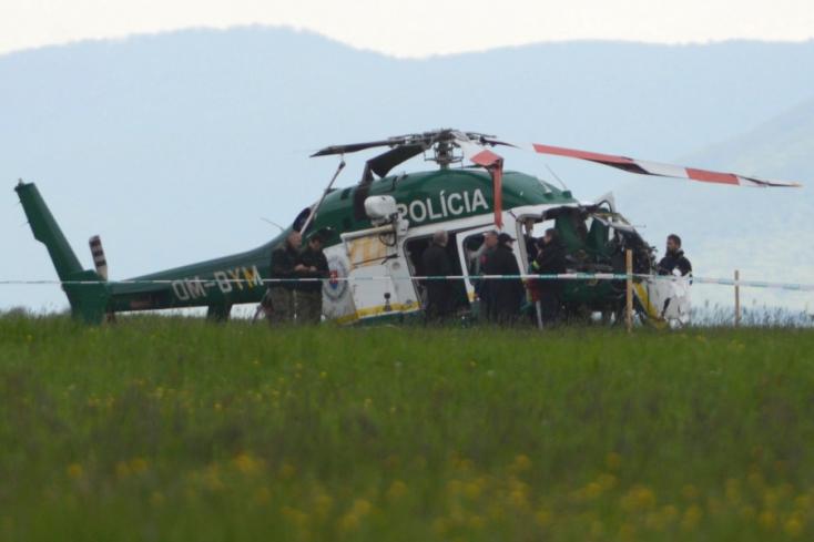 BRUTÁLIS: Lezuhant egy rendőrségi helikopter Eperjes közelében - két tűzoltó meghalt!