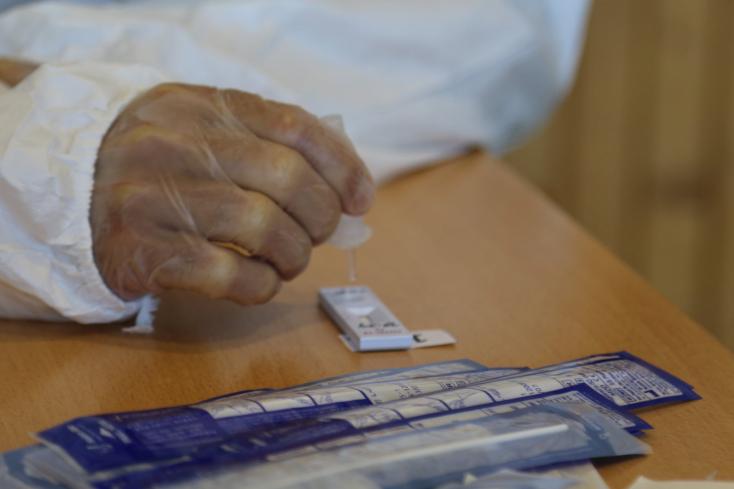 Kábítószer hatása alatt rendelt az orvos, eljárás indult ellene