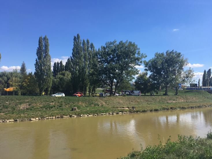 BORZALOM: Belecsúszott a horgász a folyóba, segítségére siető társa is megfulladt!