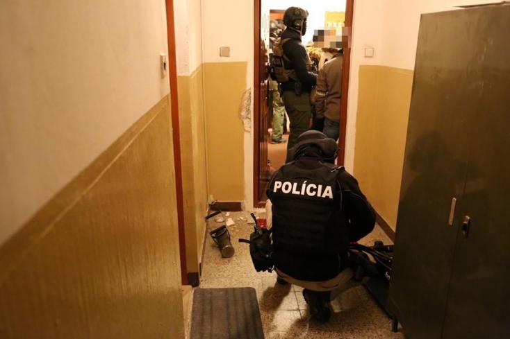 Házkutatásokat tartott a NAKA, az ógyallai expolgármester meggyilkolásával és Zsuzsovával lehet kapcsolatos (FOTÓK)