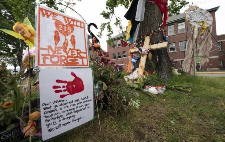 Több száz sírt találtak Kanadában egy másik egykori bentlakásos iskola területén is