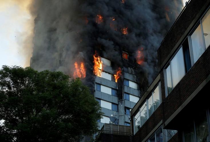 LONDONI TŰZVÉSZ: Már 12 a halálos áldozatok száma!