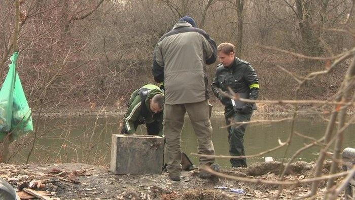 Megrekedt a nyomozás a Kis-Dunában talált hordóba betonozott férfi ügyében