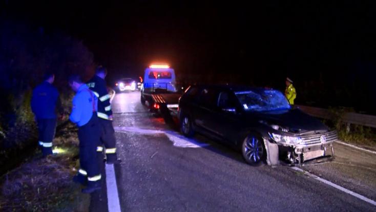 Frontálisan ütközött két autó – durva dolog derült ki a balesetet okozó fiatalról