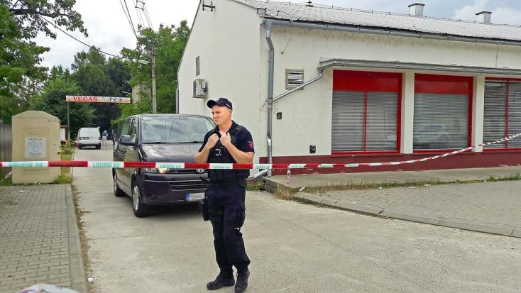 Meghalt a második fiatal önkéntes tűzoltó, aki fejlövést kapott a diszkóban