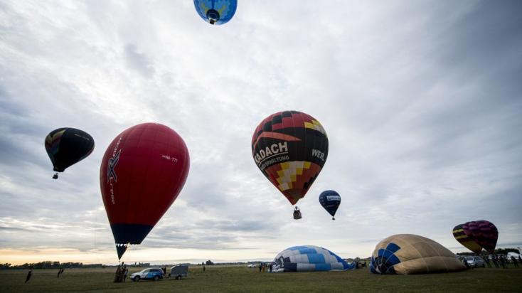 Kigyulladt és lezuhant egy hőlégballon Magyarországon, egy ember meghalt!