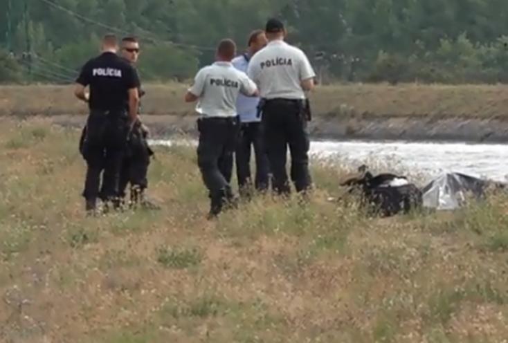 BORZALOM: Folyóban lebegő holttestre bukkant egy horgász