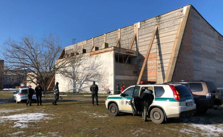 Holttestet találtak Dunaszerdahelyen a régi sportcsarnoknál
