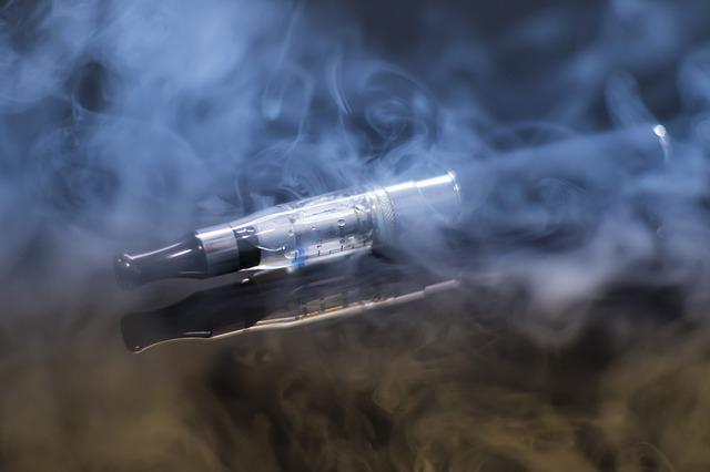 TRAGIKUS: Felrobbant az e-cigaretta a férfi szájában - nem élte túl