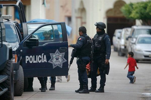 Összeégett holttesteket találtak Mexikóban, az amerikai határ közelében