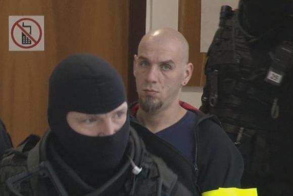 Két nő és egy férfi meggyilkolásával vádolják, mindegyik holttestét elégette – kezdődik a szlovák sorozatgyilkos büntetőpere!