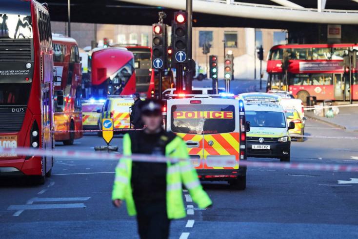 Terrorcselekményért ítélték el, de próbaidőre már szabadlábon volt a londoni késes merénylő!