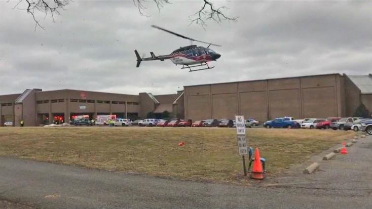 Lövöldözés volt egy kentuckyi iskolában, egy ember meghalt, többen megsebesültek!