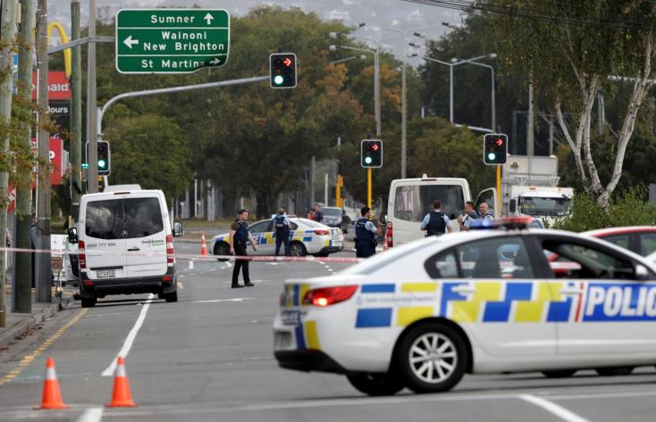 TERROR: Lövöldözés volt Új-Zélandon, legalább 40-en meghaltak! (FOTÓK)