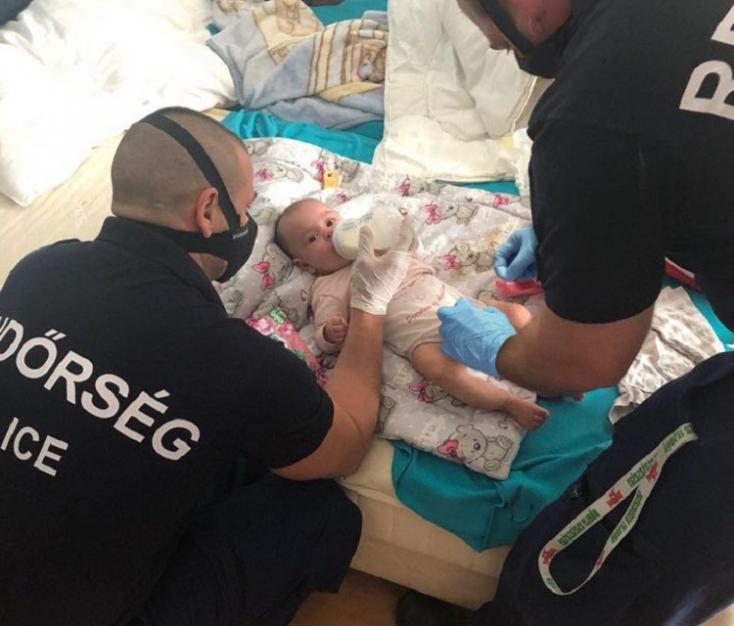 Öthónaposgyermekével a kezében fenyegetőzött öngyilkossággal egy bedrogozott férfi Budapesten–VIDEÓ