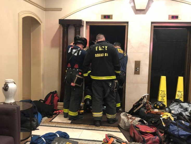 Szörnyű halál: A liftkabin és az ajtó közé szorult egy férfi