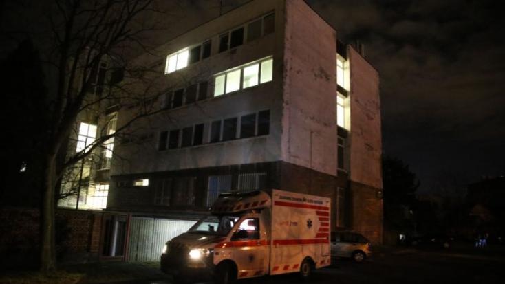 A rendőrség második emeleti ablakából ugrott ki a 40 éves gyanúsított