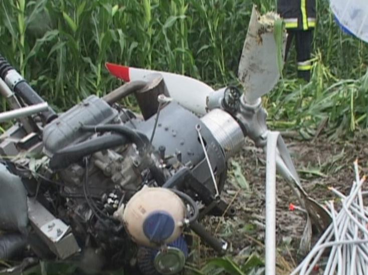 TRAGÉDIA: Lezuhant egy sárkányrepülő, ketten meghaltak Székesfehérvárnál