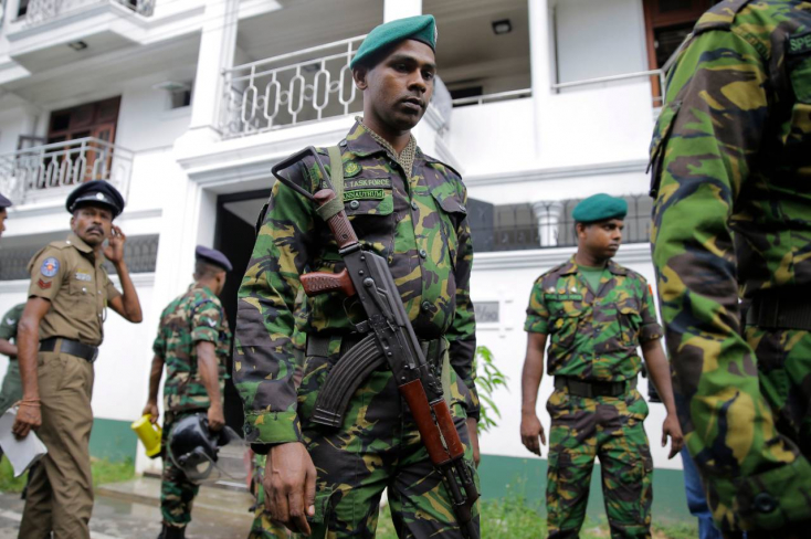 SRÍ LANKA: 15 holttestet, köztük hat gyerekét találták a pénteki lövöldözés helyszínén!